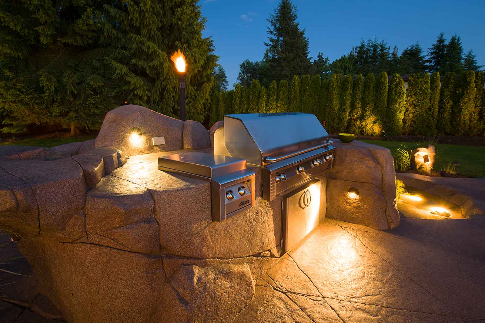 Outdoor barbeque lighting