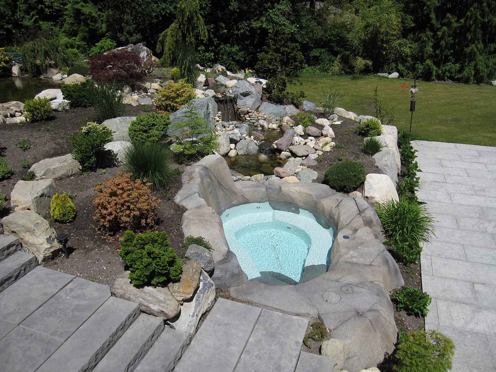 Secret slope side hot tub