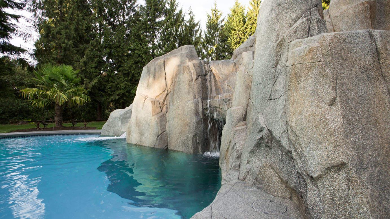 Artificial high strength concrete rock work