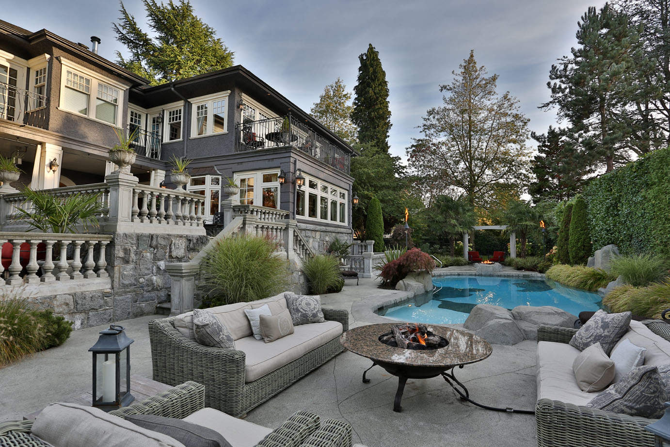 Residential Gallery - Outdoor Renovations | Azuro Concepts on Custom Backyards id=53585