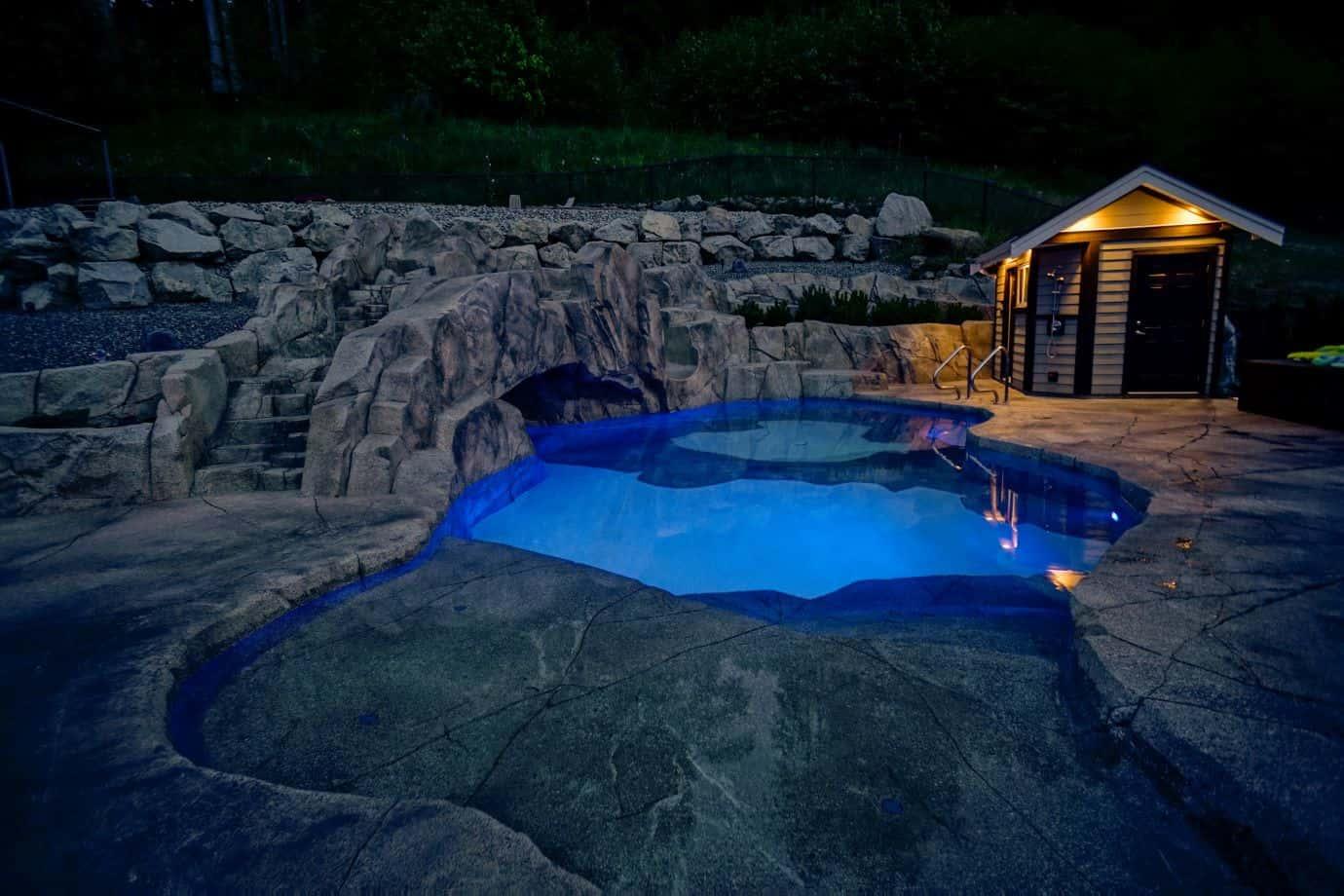 azuro-swimming-pool-cabana-Carm13
