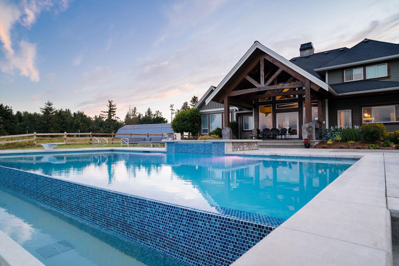 Beautiful-backyard-design-azuro-REI044