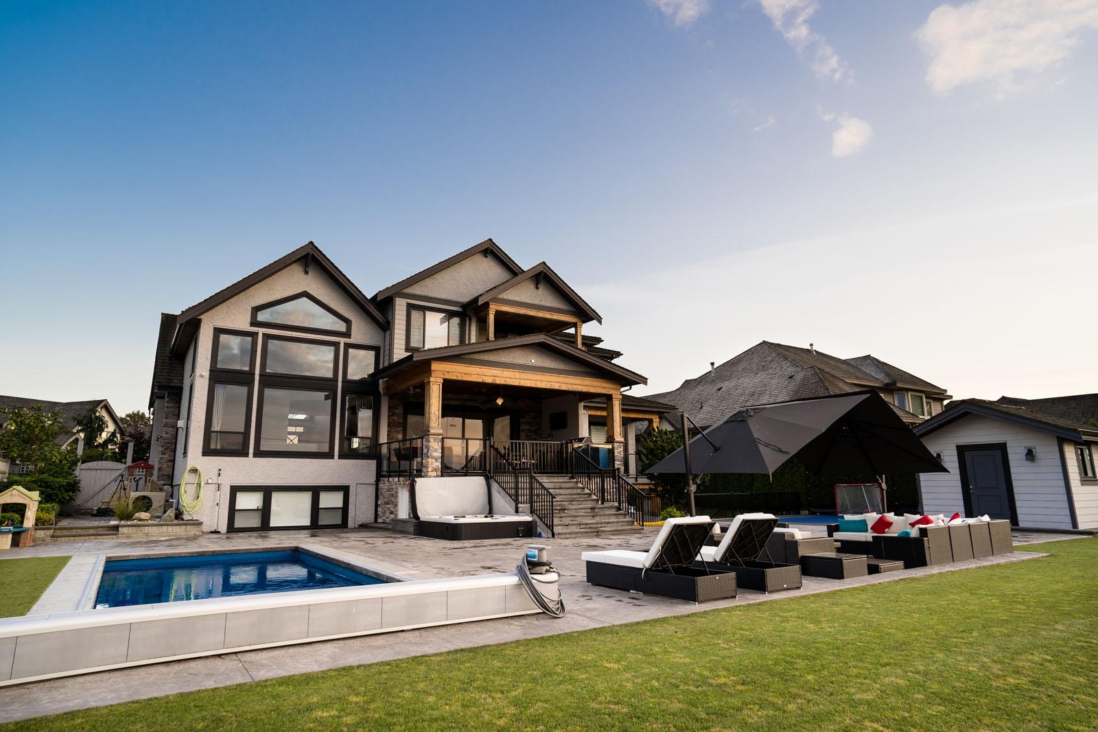 custom-backyard-renovation-azuro-RUM026